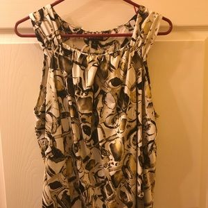 Dana Buchman sleeveless top- size XL